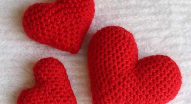 Super Quick And Easy Crochet Heart Amigurumi Pattern - Knit And