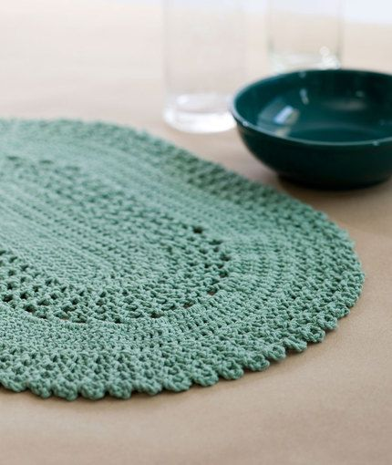 Dress Up Your Table with These Stylish Crochet Placemats | Home