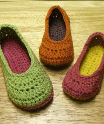 Crochet Slipper Patterns - Oma House Slippers - Woman Sizes | 4feet