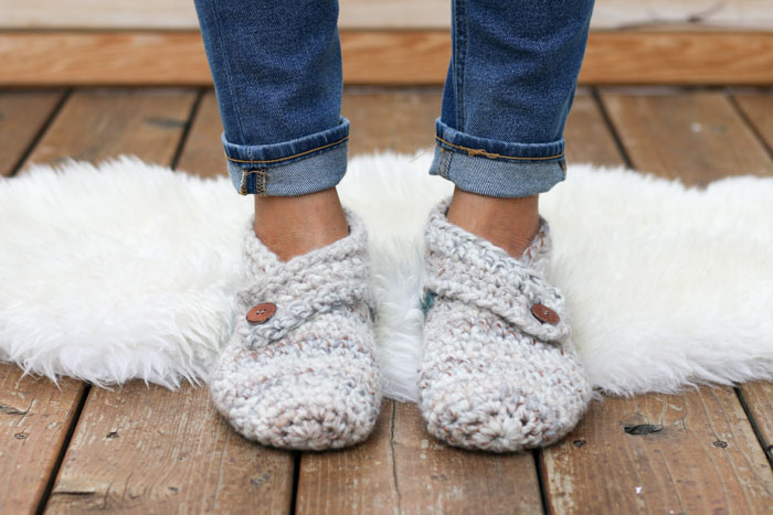 The best guide on crochet slippers