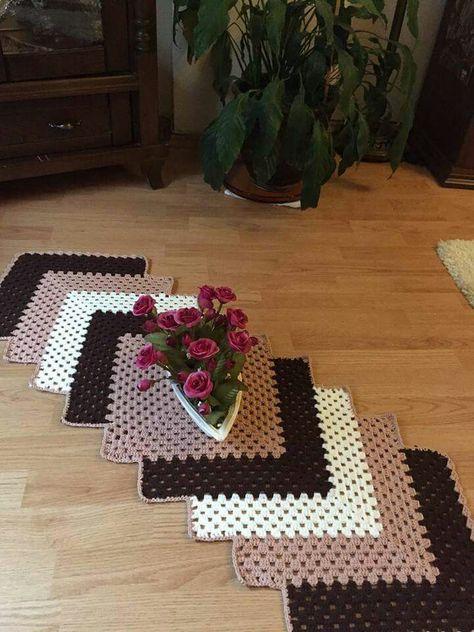 Crochet Table Runner ⋆ Crochet Kingdom (10 free crochet patterns)