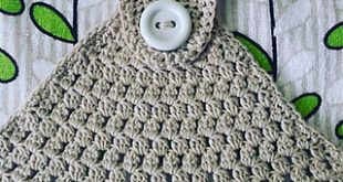 Ravelry: Simple Towel Topper pattern by Buttonnose Crochet