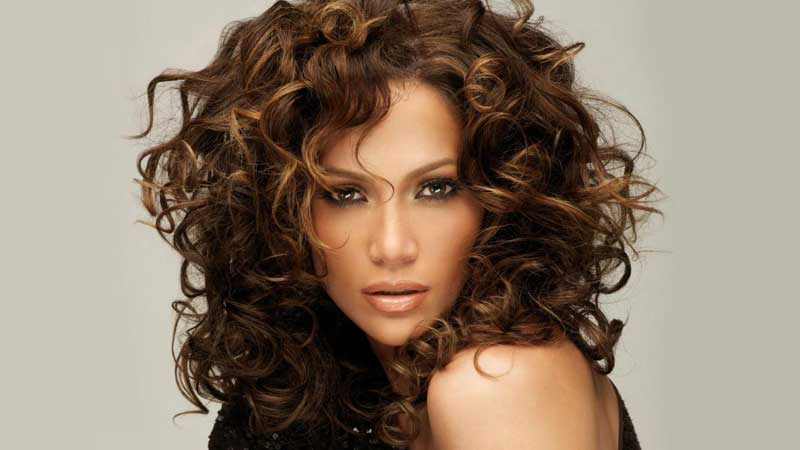 20 Curly Hairstyles Ideas For Women's - The Xerxes