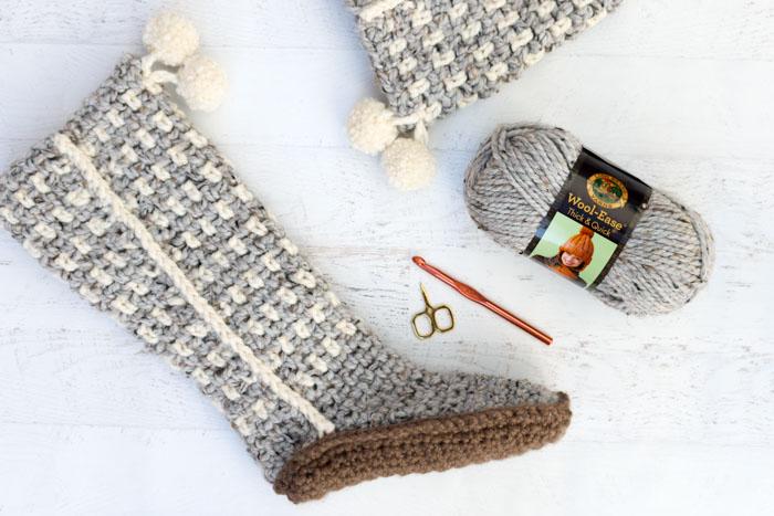 Sierra Easy Crochet Slippers - Free Mukluk Pattern