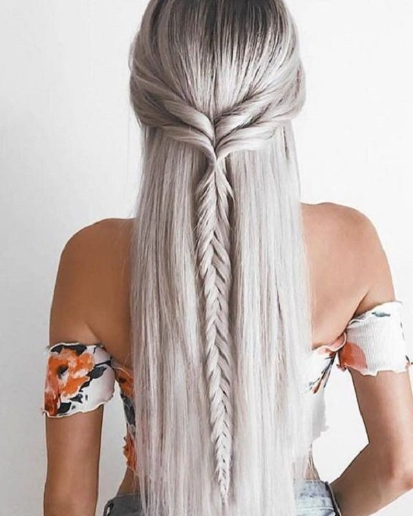 25 Easy Hairstyles for long hair | Art and Design