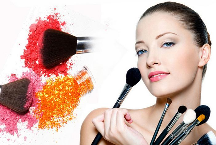 Types Of Essential Face Makeup Brushes | Beauty and Style