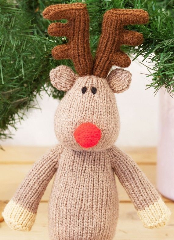 Knit} {Christmas} Free Christmas knitting pattern for a knitted