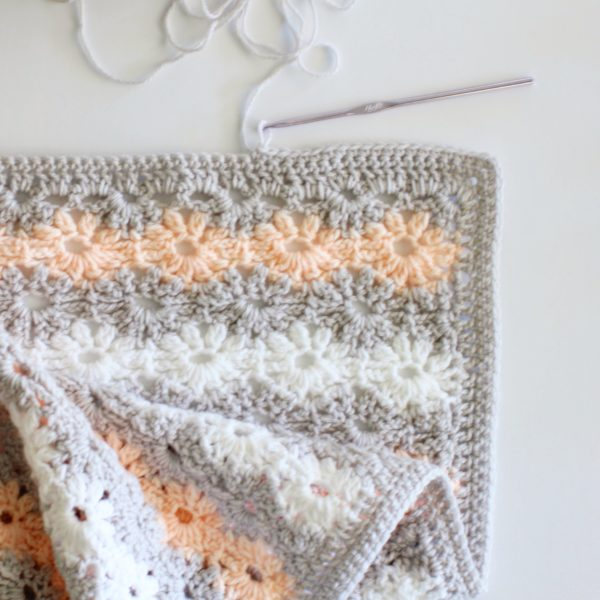 Crochet Petal Stitch Baby Blanket | Daisy Farm Crafts
