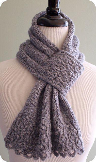 10+ Keyhole Scarves and Shawl Knitting Patterns | Knitting