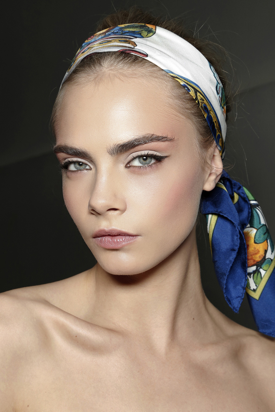 6 Ridiculously Easy Hair Looks You Can Do with a Scarf | StyleCaster