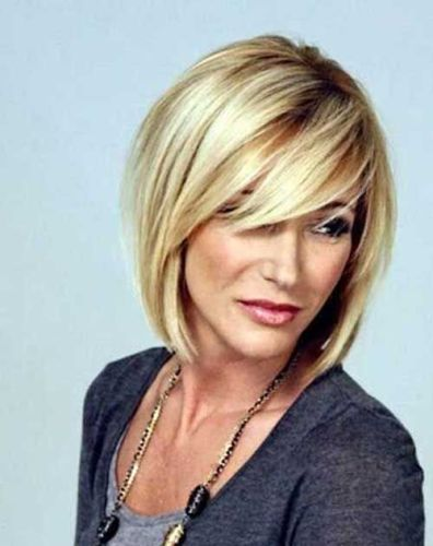 9 Latest Medium Hairstyles For Women Over 40 with Images | a better