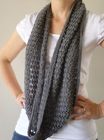 lace infinity scarf pattern - free | All things knitted | Pinterest