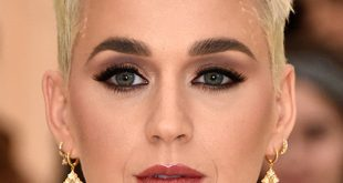 Katy Perry's Makeup Trick For Wide Eyes | BEAUTY/crew