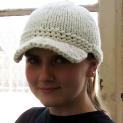 Free Knit Pattern: Fossil-Inspired Bulky Knit Cap | Kayla K's