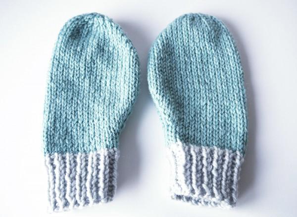 Free mittens knitting pattern - Tutorials - Mollie Makes