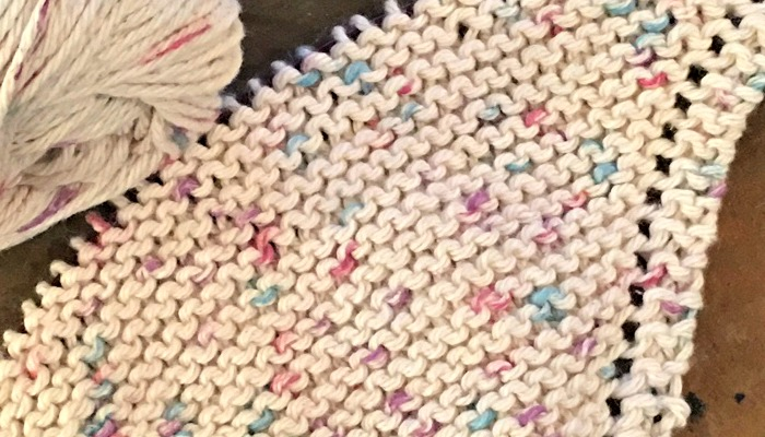 Knitted Dishcloth Patterns: Handmade for Your Kitchen! - Countryside