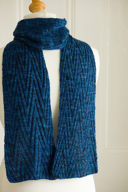 40 Knitted Scarves Ideas For Fashionable Girls | Fashion