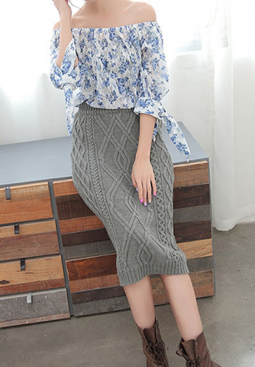 Chunky Knitted Grey Pencil Skirt. Gray Cable Knit Skirt. Autumn