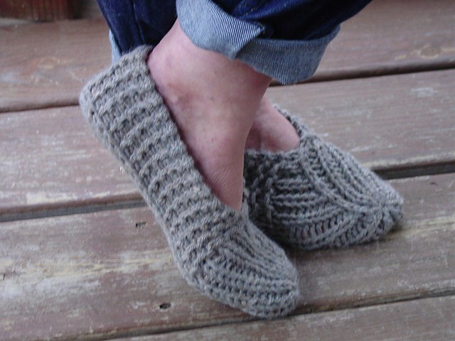 You'll Love These Adorable Knitted Slippers Pattern Ideas | The WHOot