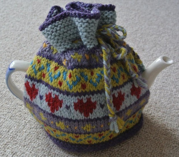 Support breast cancer and knit a Big Tea Cosy! u2022 LoveKnitting Blog