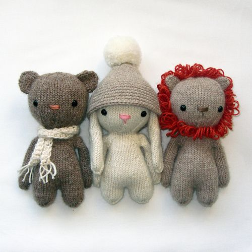 knitted friends pattern by Suzy Wool | Itty Bitty Knitting