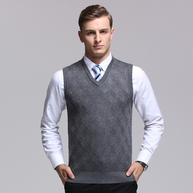 2017 Fashion Design Sleeveless Male wool V Neck Sweater Vest Men