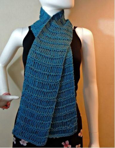 59 Free Scarf Knitting Patterns   FaveCrafts.com