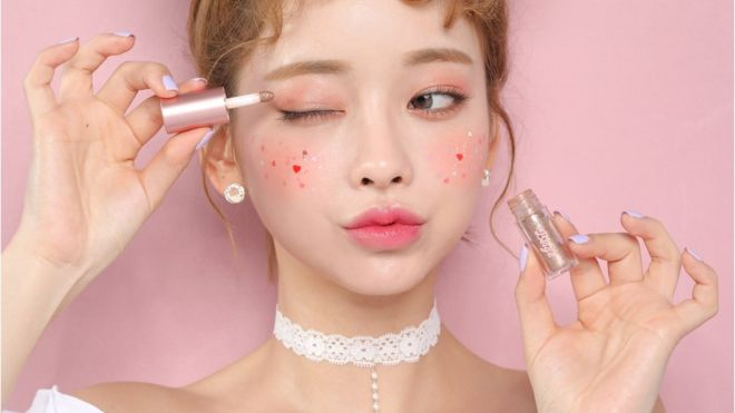 K-beauty: The rise of Korean make-up in the West - BBC News
