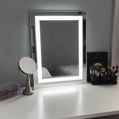 LED Lighted Makeup Mirror | Keller International