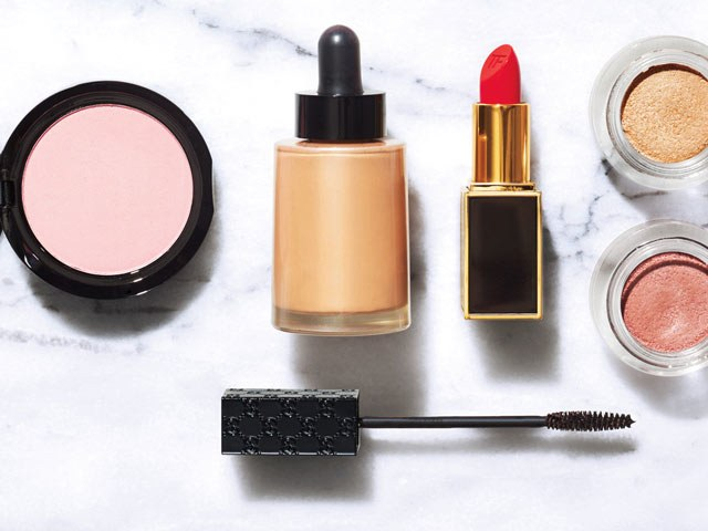 Makeup Tips, Trends & Product Reviews | SELF