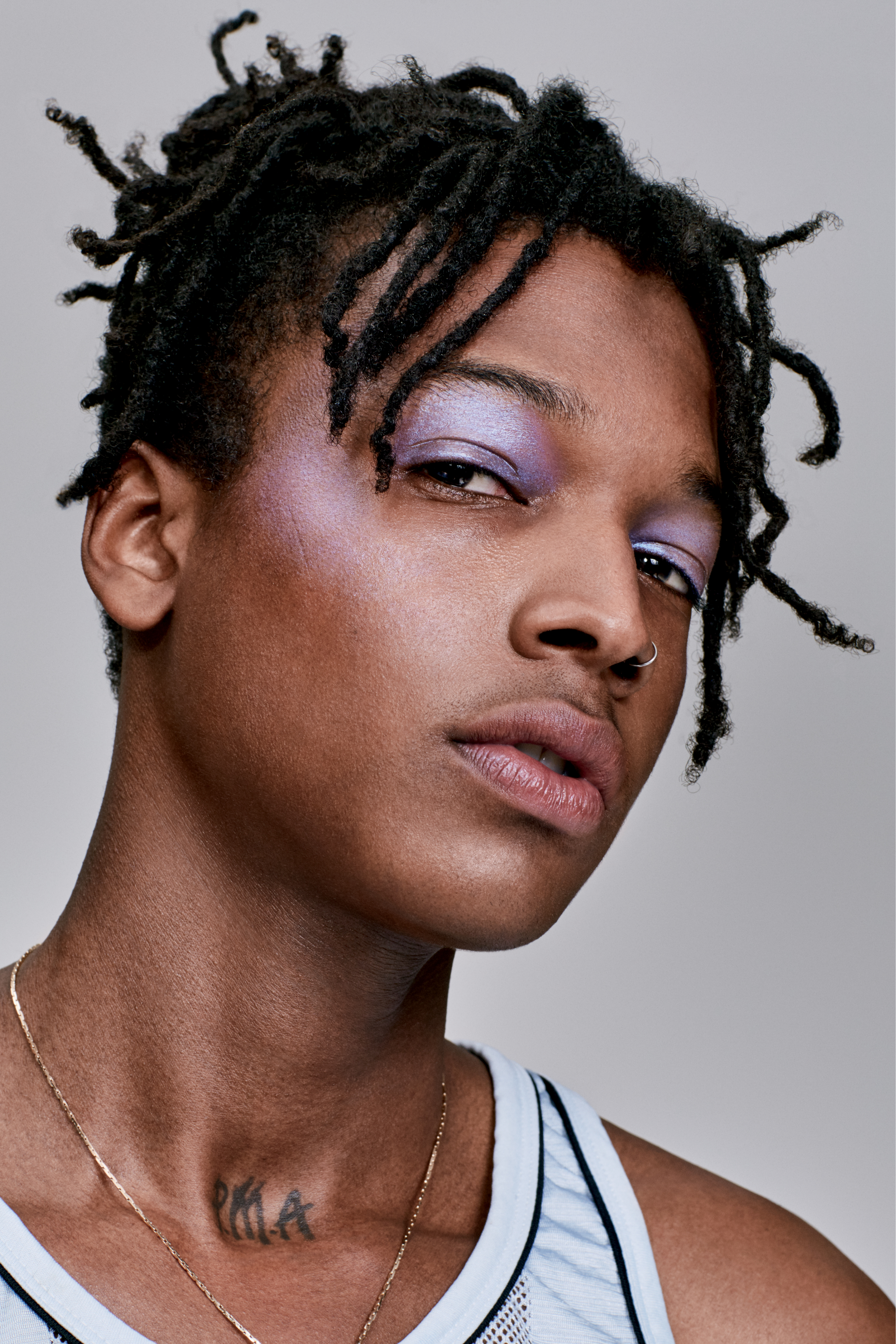 Men makeup is also gaining momentum in   recent times