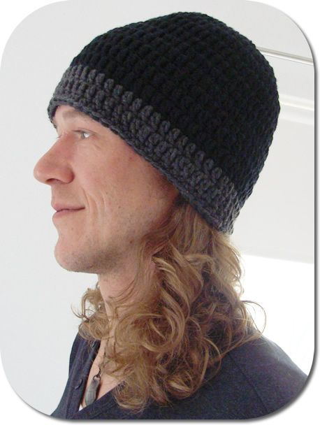 Beanie pattern for your man | CrochetHolic - HilariaFina | Pinterest