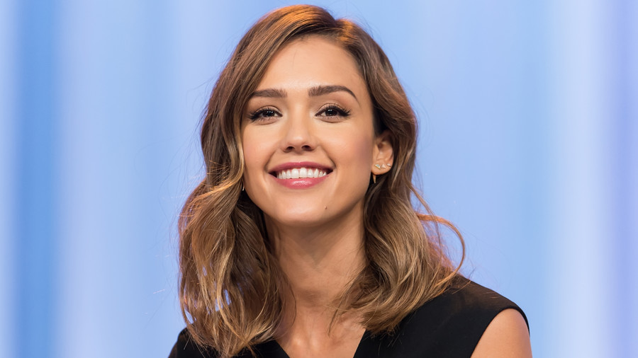 Medium-Length Hairstyles We're Loving Right Now - Southern Living