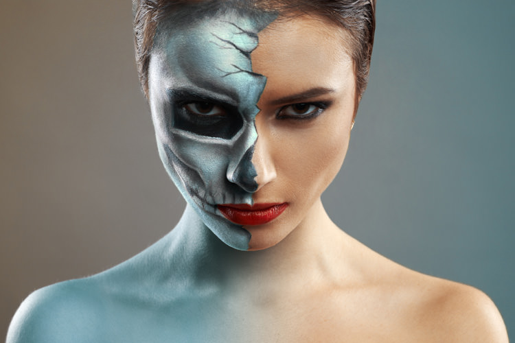 Halloween Makeup Ideas - How to do a Sexy Yet Scary Look