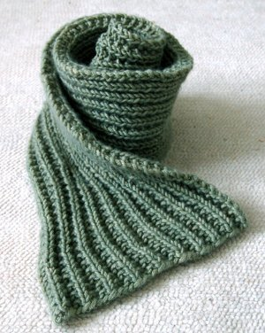 Easy Mistake Stitch Scarf | AllFreeKnitting.com