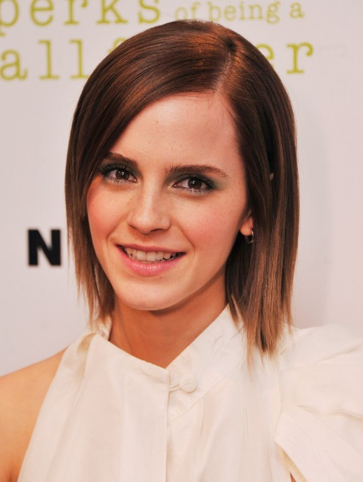Emma Watson Sleek Short Straight Hairstyles - PoPular Haircuts