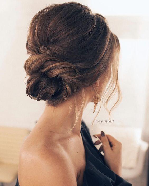 17 Trendy and Chic Updos for Medium Length Hair - Highpe