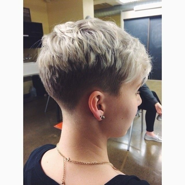 Recreate your edgy look with very short   haircuts