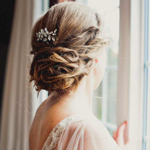 What Your Wedding Hairstyle Says About You | Martha Stewart Weddings
