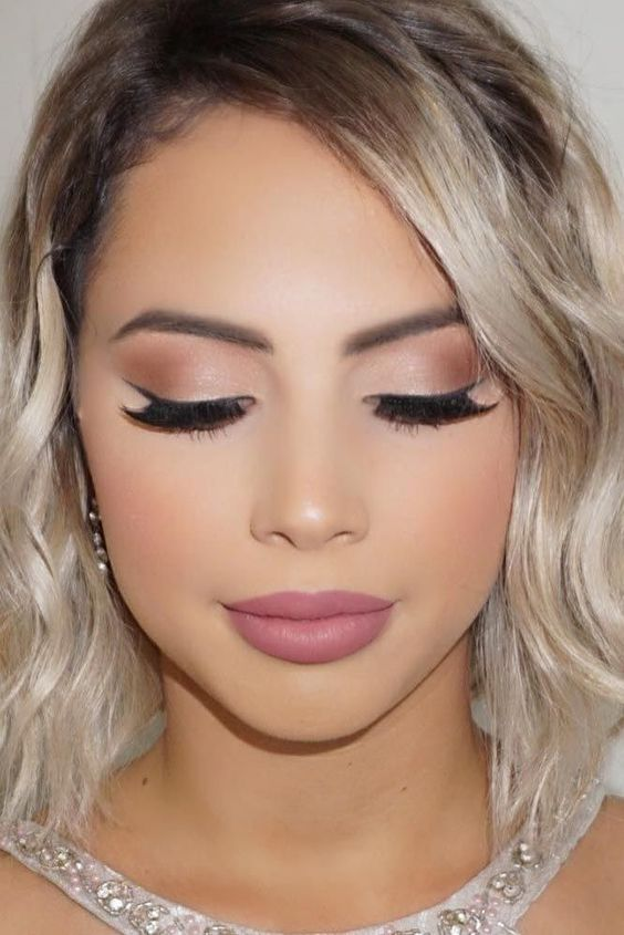 Wedding makeup: a makeup once done in the   whole life