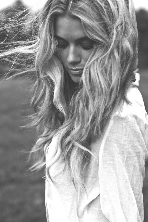 Windy Wavy Hair In Wave Hairstyle