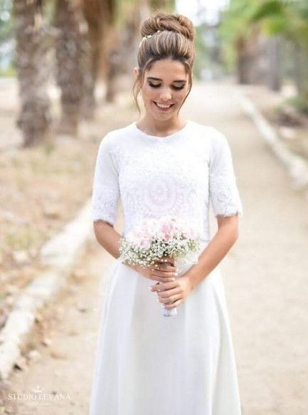 Simple Wedding Dresses with Sleeves Can be Your Proud Choice