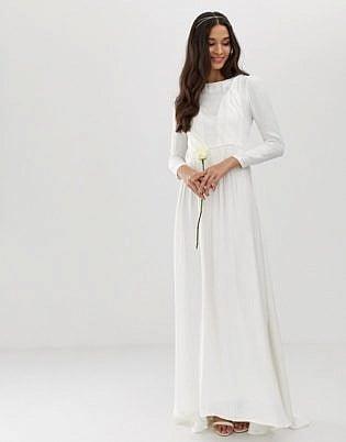 60 Stunning Long Sleeve Wedding Dresses for Brides - The Trend Spott