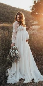 Maternity Wedding Dresses For Moms-To-Be 2021 | Pregnant wedding .